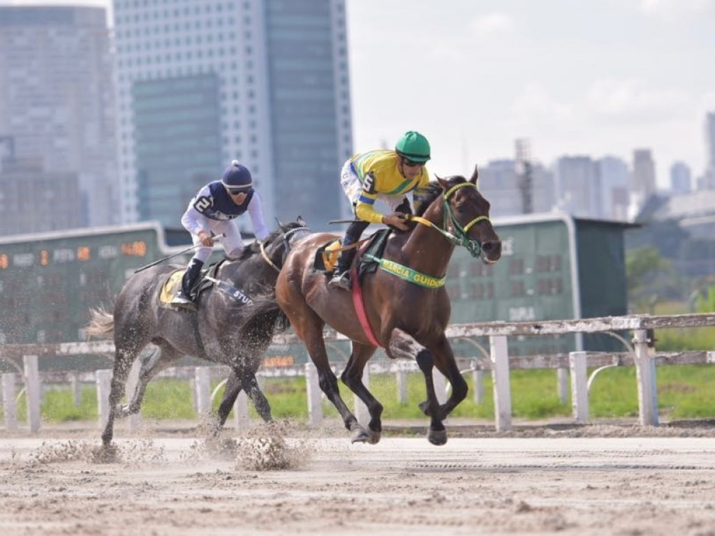Nevisk reaparece com vitória em Cidade Jardim
