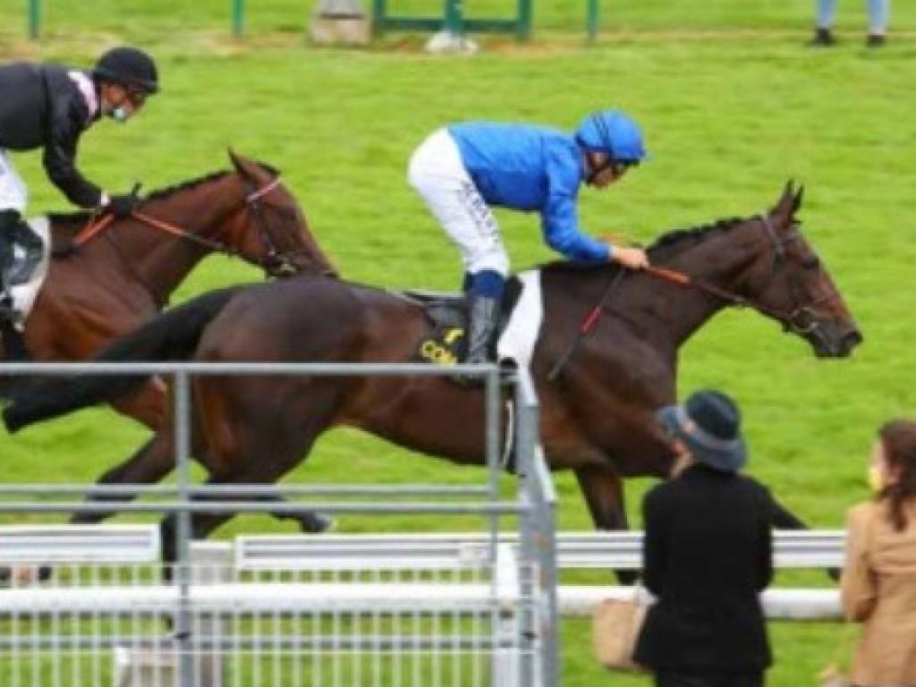 Filha de Zara vence sua primeira corrida, na França