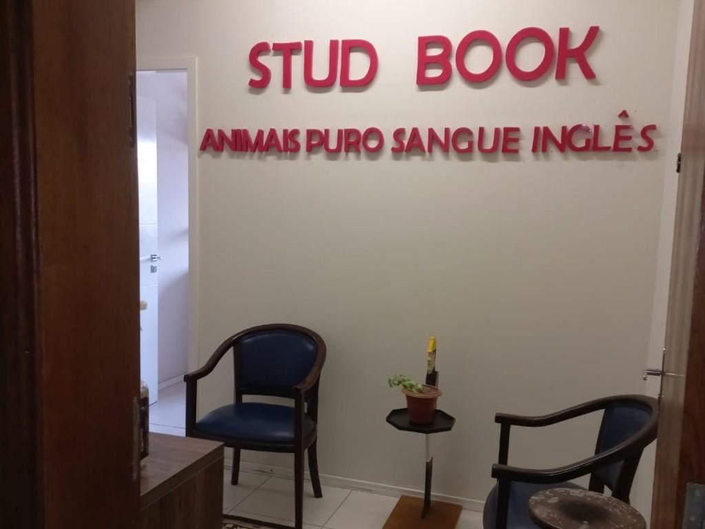 Foto: Agência do Stud Book no Paraná ganha novo espaço